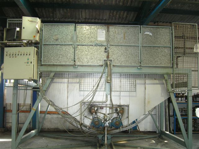 used rotational moulding machine for sale 3